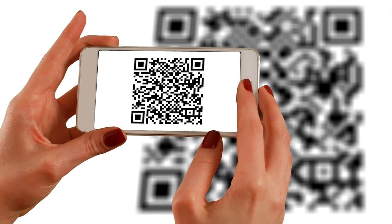 content/en-us/images/repository/isc/2020/9910/a-guide-to-qr-codes-and-how-to-scan-qr-codes-1.jpg